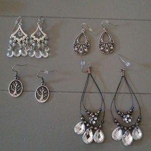 Lot of earrings